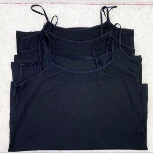 Bundle of 4 black camisoles - size Medium